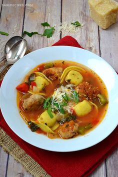 Sage Recipes | Sausage Tortellini Soup with Peppers and Kale | http://www.sagerecipes.com