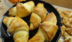 Jak upéct šátečky z plundrového těsta | recept Menu, Bread, Cheese, Food, Candy, Menu Board Design, Brot, Essen, Baking