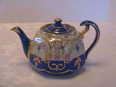 english tea pot.jpg 800×600 pixels