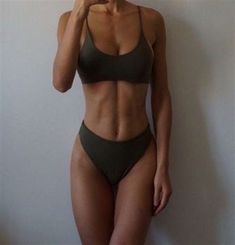 Fitness Style, Body Fitness, Fitness Del Yoga, Reto Fitness, Fitness Studio, Fitness Goals, Fitness Diet, Crop Top Bikini, Crop Top Bathing Suit