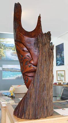 Joe Kemp Maori carver and wood sculptor Tree Carving, Wood Carving Art, Wood Art, Sculpture Head, Driftwood Sculpture, Nz Art, Art For Art Sake, Borneo Tattoos, Maori Tattoos