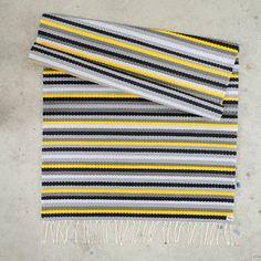 Carpet Decor, Loom Weaving, Recycled Fabric, Woven Rug, Outdoor Blanket, Rugs, Crochet Carpet, Farmhouse Rugs, Rug Weaves