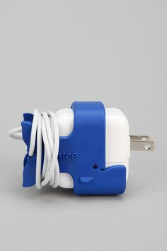 #aioutlet This would be cool to have! Definitely need my charger! iPad CableKeep