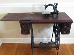 Antique Sewing Machines | eBay  This is what mine SHOULD look like. (mine needs a lot of work)