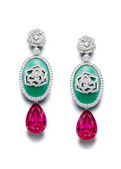 Piaget Rose Passion earrings in white gold, with pear shaped rubellites and chrysoprase surrounded by diamonds.