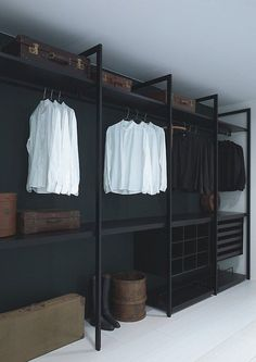 - Wardrobe Organization - Faire un dressing pas cher soi-même facilement A cheap dressing room in black painted wood. Wardrobe Closet, Closet Bedroom, Home Bedroom, Master Closet, Black Wardrobe, Closet Space, Bedroom Decor, Bedroom Ideas, Steel Wardrobe