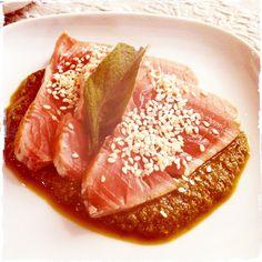 Tataki tuna with sesami and mint pesto