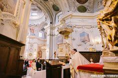 uwielbiam klimatyczne kościoły :)  Kościół św. Antoniego z Padwy, Warszawa