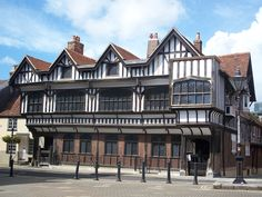 Tudor house in Southampton, England. Where Nan & Pops had their first date!