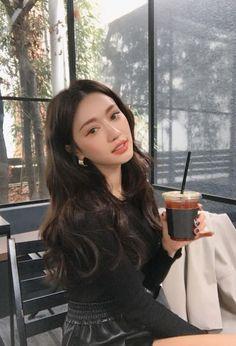 Park Sora 박소라 - Another! Korean Beauty, Asian Beauty, Korean Natural Makeup, Korean Long Hair, Korean Perm, Korean Hair Color, Korean Wave, Hair Inspo, Hair Inspiration