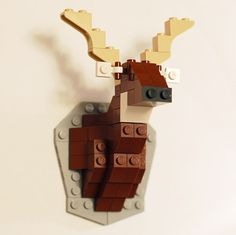 """Lego is art! Taxidermy is trendy! David Cole's """"unofficial"""" Lego taxidermy kits may just be the perfect popjects. After his mounted Lego deer went viral, Lego Kits, Deco Lego, Animal Set, Van Lego, Free Lego, Cool Lego Creations, Lego Projects, Reno, Geek Stuff"""
