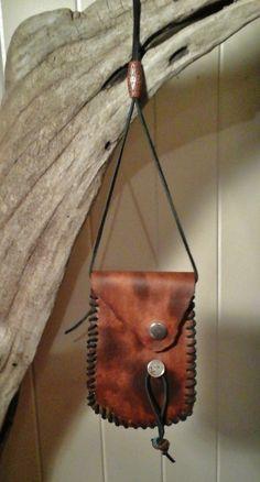 Handmade Leather Pouch Money Bag Native American Medicine Bag Credit Card  Holder  0494d8f1e7
