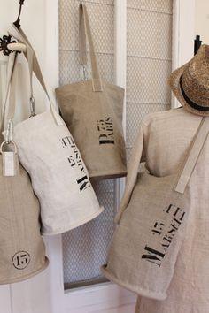 ✿Coco - Atelier du presbytere and ?️ Purses and Bags Rangement Art, Sacs Tote Bags, Coffee Sacks, Diy Sac, Feed Bags, Burlap Bags, Diy Bags Purses, Winter Mode, Summer Winter