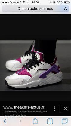 783622e96fa51d shoes huarache pink shoes nike shoes huaraches nike huarache pink Nike Air  Huarache White
