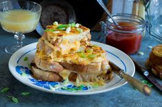 De tosti der tosti's: croque monsieur - Little Spoon Little Spoon, Foodies, French Toast, Lunch, Breakfast, Croque Monsieur, Morning Coffee, Lunches