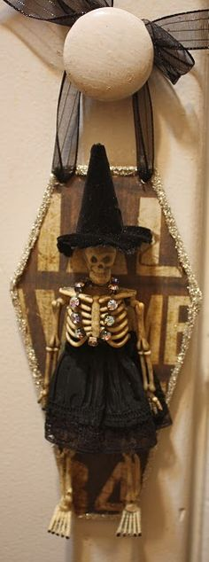 skeleton witch door knob decoration