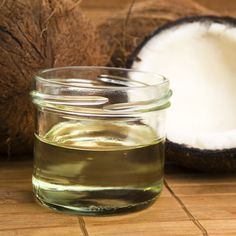 Oil Pulling — Shailene Woodley Is Into It, but Does It Really Work?: For the last few weeks, it seems like everyone we know has been talking about oil pulling — heck, even Divergent star Shailene Woodley is a fan of swishing oil around in her mouth! Coconut Oil For Teeth, Coconut Oil Pulling, Coconut Oil Hair Mask, Cooking With Coconut Oil, Coconut Oil Uses, Cooking Oil, Coconut Water, Castor Oil Eyebrows, What Is Oil Pulling