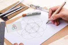Diseño de logotipo y manual corporativo para Support Point por #Dika. #estudio #studio #proyecto #project #málaga #diseño #design #gráfico #graphic #creatividad #creativity #marca #branding #logotipo #logotype #identidad #coporativa #visual #corporate #identity #visual #naming #flyers #invitation #diptych #geometría #geometry #hexágono #hexagon #tipografía #typography #kelsonsans #mockup