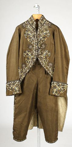Court suit  Date:     1750–75 Culture:     French Medium:     silk, metal thread Dimensions:     Length (a): 42 1/2 in. (108 cm) Length (b):... Accession Number: 33.124.3a, b
