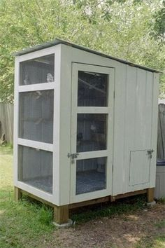 Quail Coop- like this design for my growing flock                              …