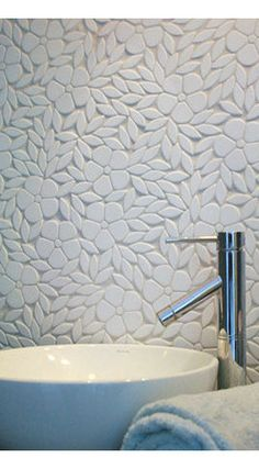 Jacqueline, a natural stone waterjet mosaic backsplash shown in tumbled Thassos, is part of the Silk Road Collection by Sara Baldwin for New Ravenna Mosaics Contrasting grout would really make a statement. Modern Kitchen Tiles, Modern Bathroom, Kitchen Design, Wc Decoration, Ravenna Mosaics, Mosaic Backsplash, Mosaic Tiles, Splashback Tiles, Stone Mosaic