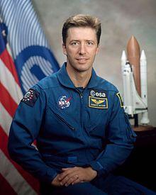 Roberto Vittori, ESA; Soyuz TM-34/TM-33; Soyuz TMA-6/TMA-5, STS-134
