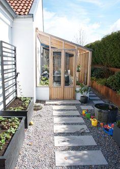 Äntligen är området utanför orangeriet klart! Backyard Greenhouse, Greenhouse Plans, Backyard Patio, Outdoor Spaces, Outdoor Living, Outdoor Decor, Garden Design, House Design, Patio Interior