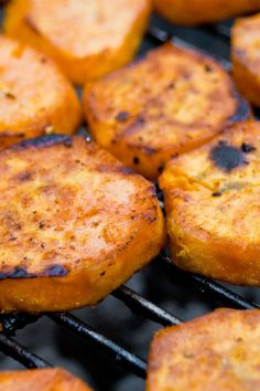 Crispy Barbecued Sweet Potatoes:3 tbsp ketchup 1 tbsp Worcestershire sauce 1 tbsp red wine vinegar 1 tsp yellow mustard 12 tsp black pepper freshly ground 1 lb sweet potato peeled and cut into 1/4-inch-thick slices.