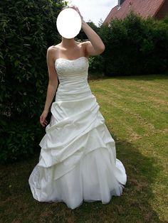 ♥ Brautkleid von Lilly Brautmoden ♥  Ansehen: http://www.brautboerse.de/brautkleid-verkaufen/brautkleid-von-lilly-brautmoden/   #Brautkleider #Hochzeit #Wedding