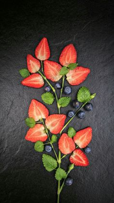 Nutritionist Without Degree Fruit Decorations, Food Decoration, Food Photography Tips, Fruit Art, Fruit And Veg, Summer Fruit, Edible Art, Cute Food, Food Presentation