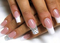 schlicht acrylic nails that look gorgeous. #schlichtacrylicnails