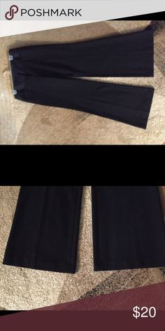 Express editor style pant 6 petite NWOT express editor black pant in 6 petite cuffed bottom wide leg flat front nice for office dress them up or down Express Pants Wide Leg