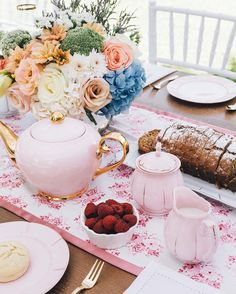 Today I had a photo shoot with someone special to photograph their product and brand new hire business. We did two high tea/ bridal shower setups in the scorching Perth heat and I'm now going through all the beautiful details. This is the softer look and I'll upload the other shortly. Oh and the special someone is my cute, little mumma 🙈🌸 When she gets a business page I'll let you all know xx #productphotography #branding