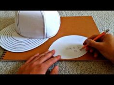 Knitting Patterns Toys Tutorial on How to Make a Flat Brimmed Paper Hat (New Era Style) Hat Template, Templates, Paper Purse, Sewing To Sell, Rose Tutorial, Crazy Hats, Diy Hat, Fancy Hats, Diy Cardboard