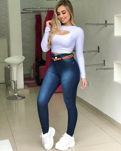 Swag Outfits For Girls, Cute Swag Outfits, Teenage Girl Outfits, Crop Top Outfits, Teen Fashion Outfits, Hot Outfits, Korean Outfits, Superenge Jeans, Swagg