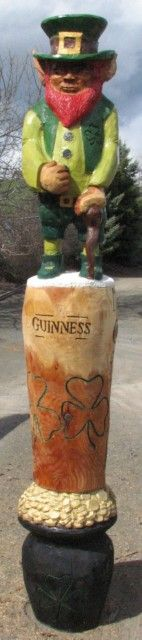 7 feet Irish Totem - This totem has a pot of gold, Guinness bear and leprechaun.