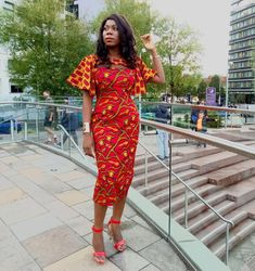 We love how designers have been creative with old styles and revamped them into new looks that are to love.There are so many African print styles out there but there are those styles that are not so easy to find and those are the ones that our closet don't have to miss. African print styles...