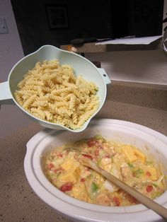 Living a Changed Life: Recipe Review: Crockpot Cheesy Chicken Spaghetti 7 pp Weight Watcher  meal 3(prep2)