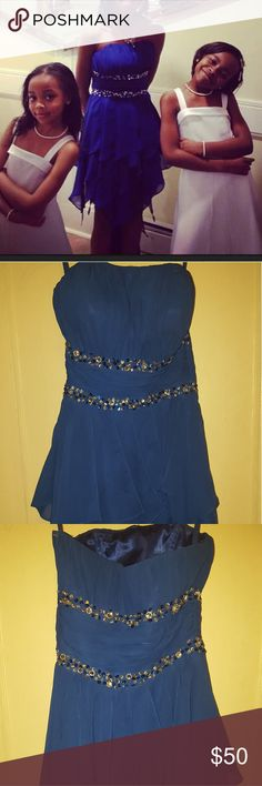 High low blue prom dress size 0/1 It's a High low dark blue prom dress size 0/1, worn once. #promdress #prom #dress #homecoming #blue #highlow #highlowdress Dresses High Low