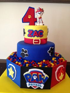If you're planning a Paw Patrol party, here are 10 Perfect Paw Patrol Birthday Cakes that will inspire you for your child's puppy-themed party. There's birthday cake ideas for a boy or a girl. Plus, learn how to make a Paw Patrol cake yourself at home. Bolo Do Paw Patrol, Torta Paw Patrol, Paw Patrol Marshall, Paw Patrol Birthday Cake, Paw Patrol Party, Birthday Cakes, 3rd Birthday, Paw Patrol Navidad, Paw Patrol Weihnachten