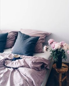 Love these colors together... dreamy pink and gray bedsheets #simple #minimal #comfy