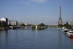 Vue générale du pont de Grenelle en 2006.
