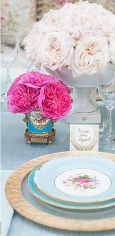 tablescape antique setting     The Wedding Lady - Exquisite Wedding Planning in Maui Hawaii and Vancouver BC    #weddinglady.com