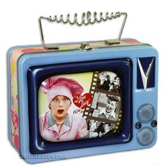 Nice collectible I Love Lucy lunchbox. One of these days I am going to have a case full of I Love Lucy items just because I can. Vintage Lunch Boxes, Cool Lunch Boxes, Metal Lunch Box, I Love Lucy Show, Love Is All, Are You The One, Lunch To Go, Lunch Time, School Lunch Box