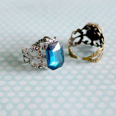 Le chouchou de ma boutique https://www.etsy.com/ca-fr/listing/281219480/bague-ajustable-filigrane-pierre-en