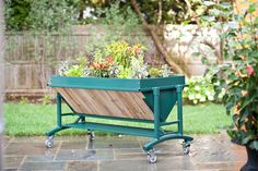 Elevated Rolling Garden is a mobile elevated gardening bed designed to make gardening comfortable and practical regardless of a person's physical limitations or space considerations Garden Web, Diy Garden, Garden Table, Garden Boxes, Home And Garden, Herb Garden, Vegetable Garden, Trough Planters, Outdoor Planters