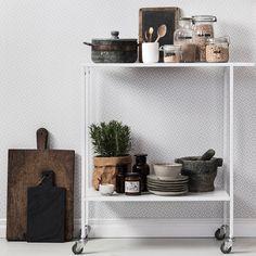"""Firar att det är #wallpaperwednesday med en bild på mönstret """"Bolster"""" i vitt…"""