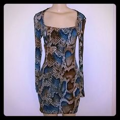 Nwt Chic Dress Size Small