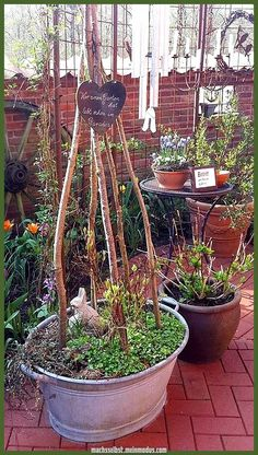 Legendary To stick my tiny rabbits from mom . You are in the right place about flower Garden Art Here we offer you the most beautiful pictures about the vegetable Garden Art y Garden Whimsy, Garden Design, Backyard Flowers, Plants, Cottage Garden, Cool Plants, Garden Decor, Container Gardening, Outdoor Landscaping