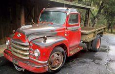 1953 Diamond T truck with very nice patina - Vancouver Island Farm Trucks, 4x4 Trucks, Diesel Trucks, Lifted Trucks, Cool Trucks, Ford Pickup Trucks, Chevrolet Trucks, Chevrolet Impala, 1957 Chevrolet